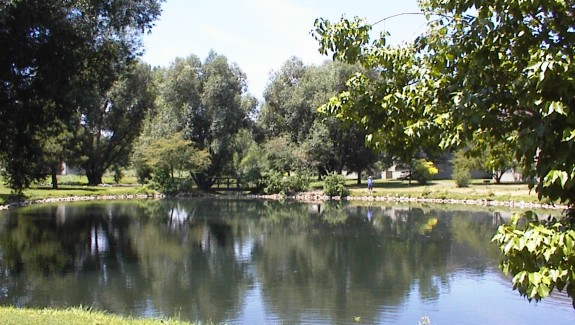 Heatheridge Pond
